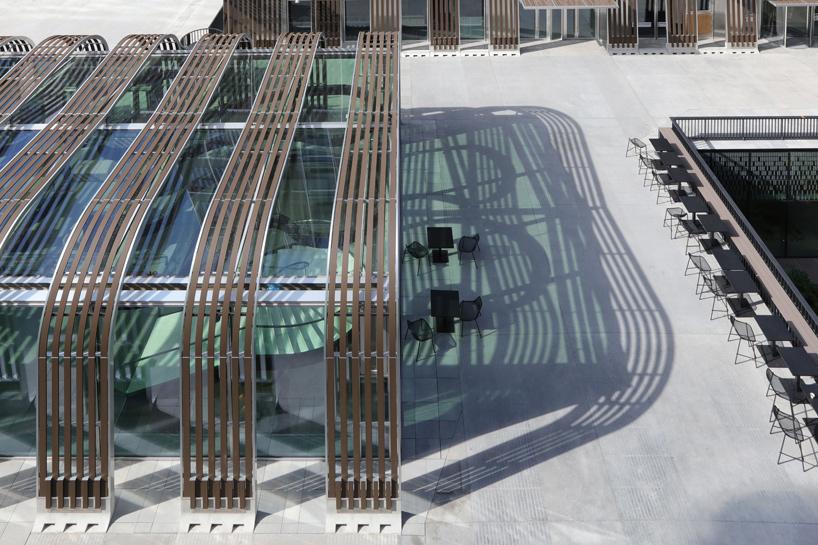 architecture-anne-demians-les-dunes-france-designboom-05