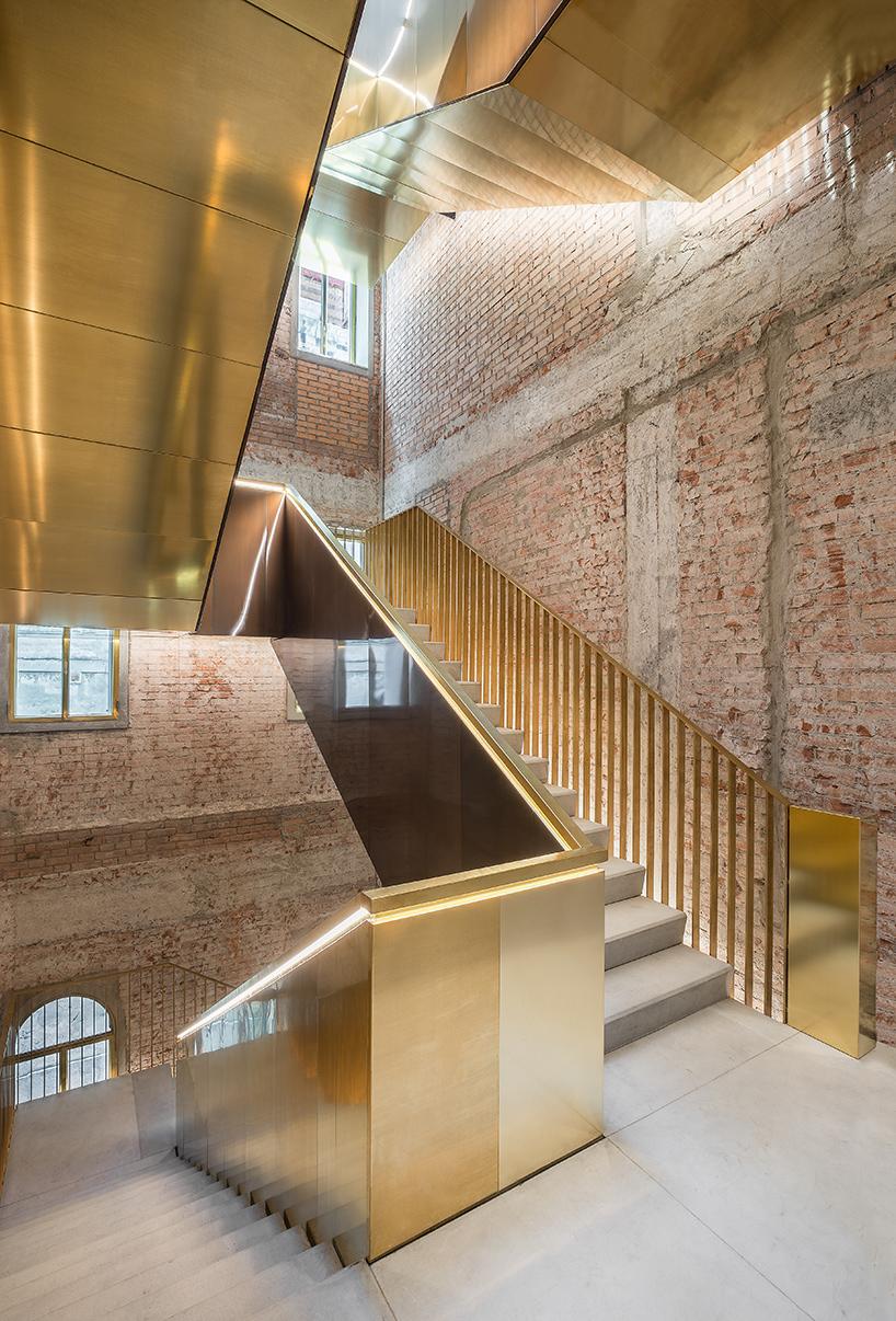 rem-koolhaas-oma-fondaco-dei-tedeschi-venice-department-store-designboom-11